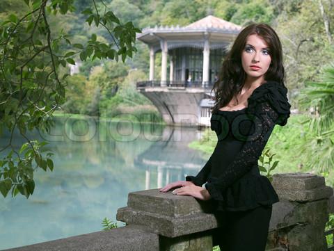 beauty woman in fashion dress